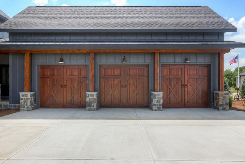Three-car garage design